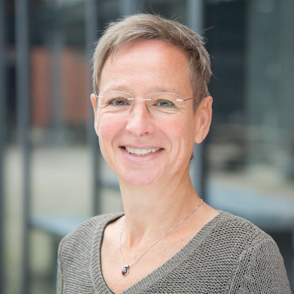 STATTBAU GmbH - Projektentwicklung und Baubetreuung - Alexandra Bossen